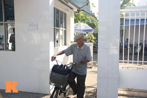 Ngỡ ngàng cụ ông 93 tuổi đạp xe đi bơi hàng ngày - 10