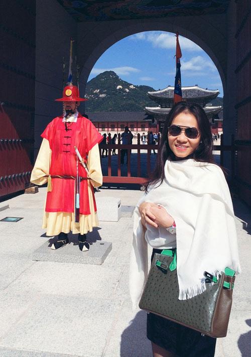 Thầy trò Thu Minh đón Thu lãng mạn tại Hàn Quốc - 1