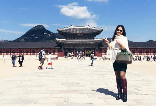 Thầy trò Thu Minh đón Thu lãng mạn tại Hàn Quốc - 4