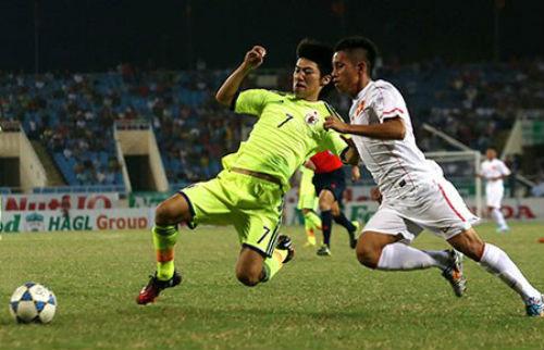 Nửa cuối hiệp 2 của U19 Việt Nam - 1