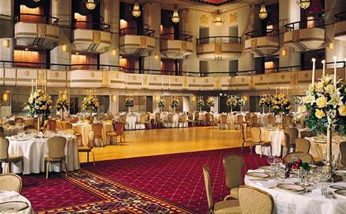 Khách sạn hạng sang của Hilton vào tay tập đoàn TQ - 2