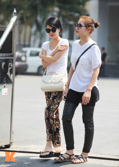 Sinh viên HN mặc quần soóc, dép lê tới giảng đường - 5