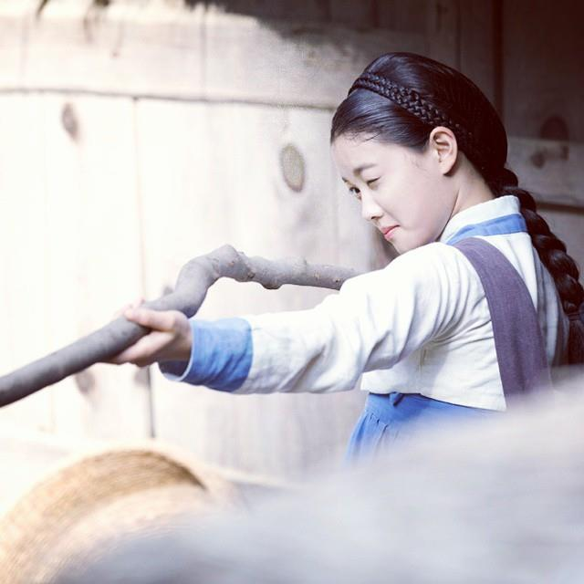 Sao nhí hot nhất xứ Hàn làm kỹ nữ - 4