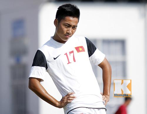"""""""Siêu tiền đạo"""" U19 Việt Nam thi triển tuyệt chiêu - 2"""