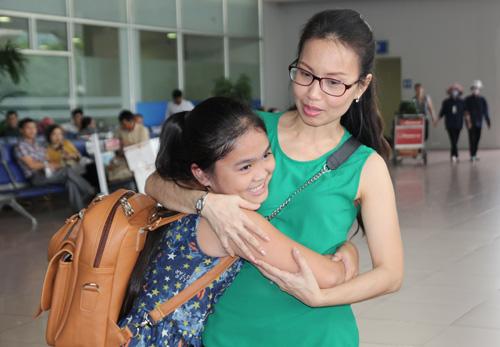 Thiện Nhân bịn rịn chia tay HLV Cẩm Ly để về Bình Định - 2