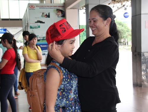 Thiện Nhân bịn rịn chia tay HLV Cẩm Ly để về Bình Định - 4