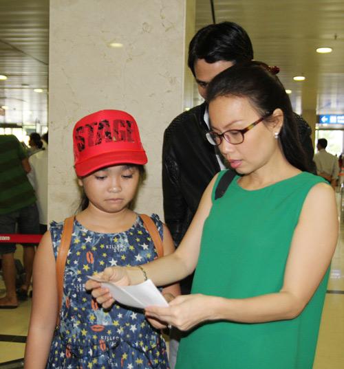 Thiện Nhân bịn rịn chia tay HLV Cẩm Ly để về Bình Định - 10