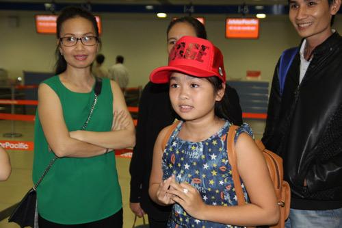Thiện Nhân bịn rịn chia tay HLV Cẩm Ly để về Bình Định - 8