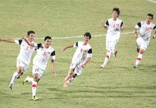 """U19 Việt Nam phải nhường màu áo """"may mắn"""" cho Trung Quốc - 1"""