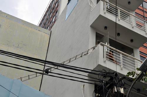 Vụ cháy khách sạn: Nữ du khách vừa ở 1 ngày đã tử vong - 2