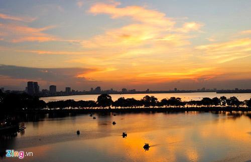 Vẻ đẹp trên con đường lãng mạn nhất Hà Nội - 8