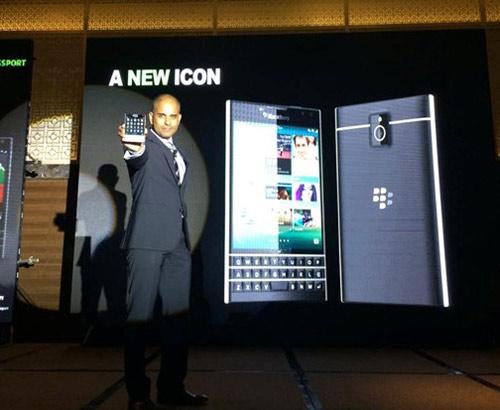 BlackBerry Passport có giá 15,5 triệu đồng tại Việt Nam - 1