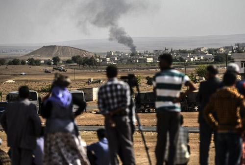 """Vì sao Mỹ """"bó tay"""" trước cuộc thảm sát sắp tới của IS - 4"""
