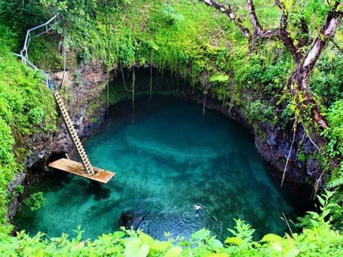 Thử cảm giác mạnh ở hồ bơi tự nhiên đẹp nhất thế giới - 2