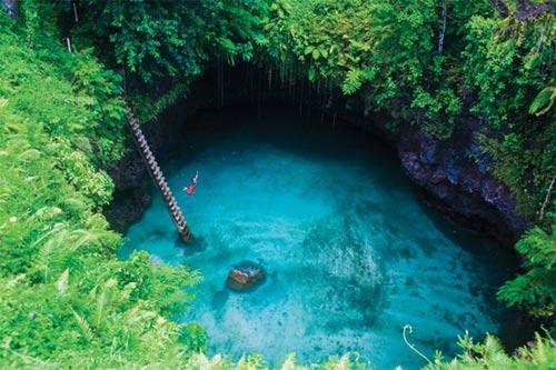 Thử cảm giác mạnh ở hồ bơi tự nhiên đẹp nhất thế giới - 5