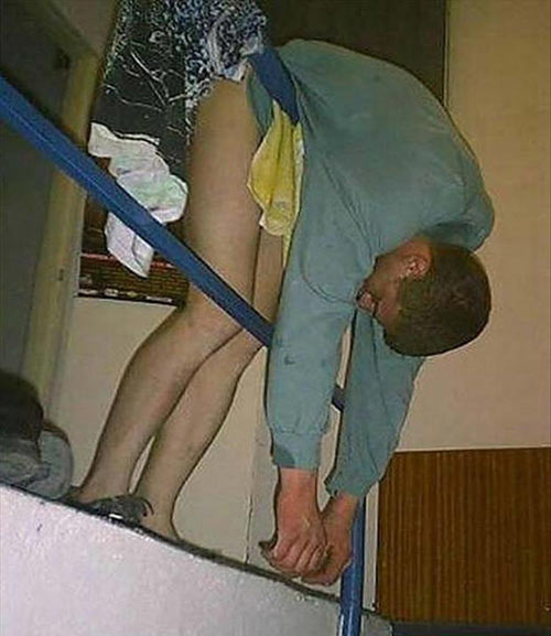 Khó đỡ với những quý ông say xỉn - 4