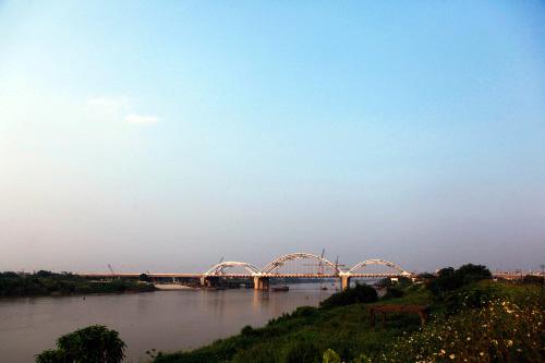 Hà Nội: Thông xe cầu vòm thép trên đường 5 kéo dài - 4