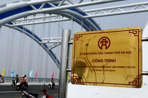 Hà Nội: Thông xe cầu vòm thép trên đường 5 kéo dài - 3