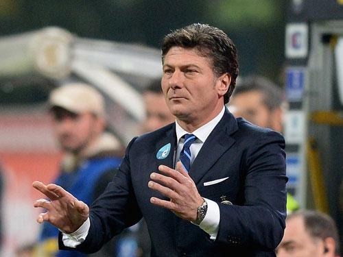 Inter Milan: Liệu Walter Mazzarri có bị sa thải? - 1