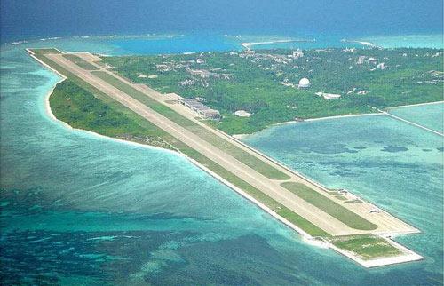 Phản đối Trung Quốc xây đường băng trên đảo Phú Lâm - 1