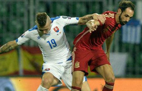 """Slovakia - Tây Ban Nha: Nếm """"trái đắng"""" phút 87 - 1"""