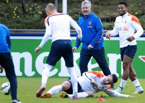 Hà Lan – Kazakhstan: Robben trở lại, đại tiệc là đây - 2