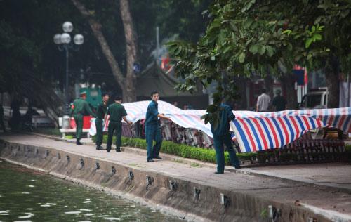 Hà Nội: Hàng nghìn giàn pháo hoa đã sẵn sàng - 9