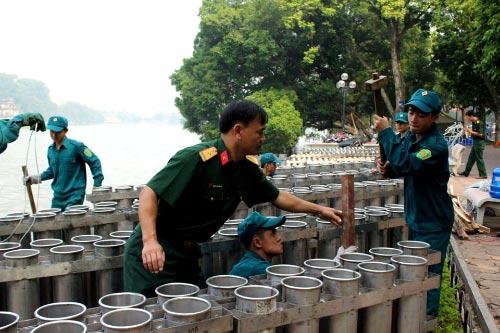 Hà Nội: Hàng nghìn giàn pháo hoa đã sẵn sàng - 7
