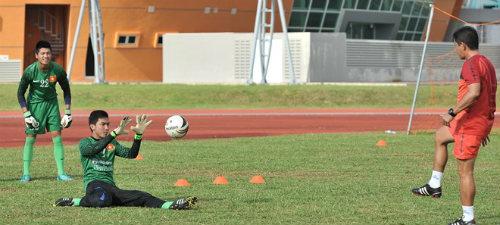 U19 Việt Nam 0-6 U19 Hàn Quốc: Cảm ơn… xà ngang! - 1
