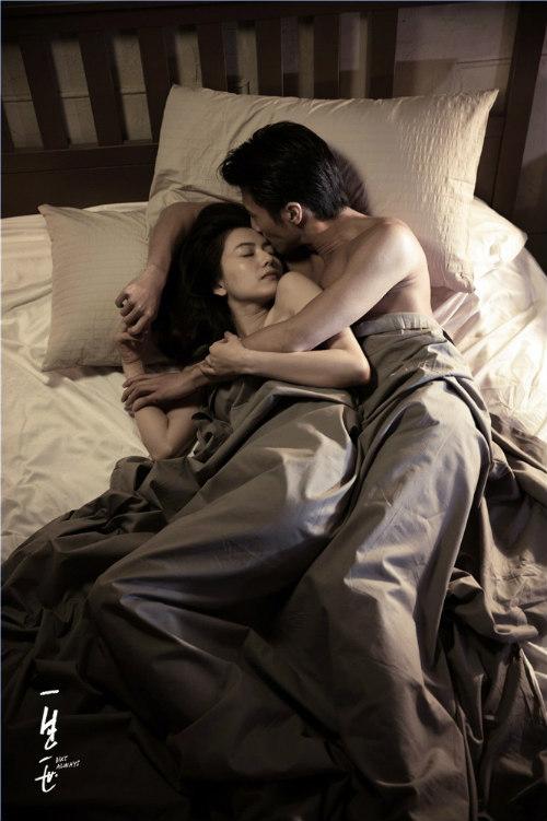 """Phim """"nóng"""" của Tạ Đình Phong hốt bạc tháng 9 - 7"""