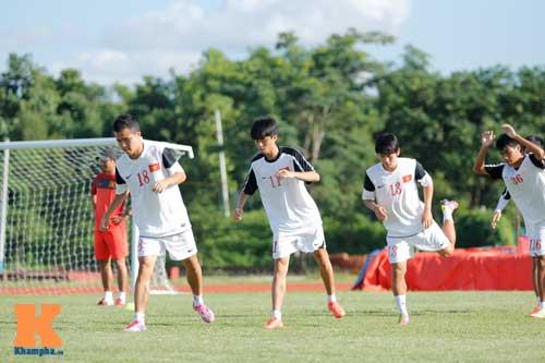 """U19 Việt Nam tính kế đá U19 Nhật: Tăng """"chất thép"""" - 3"""