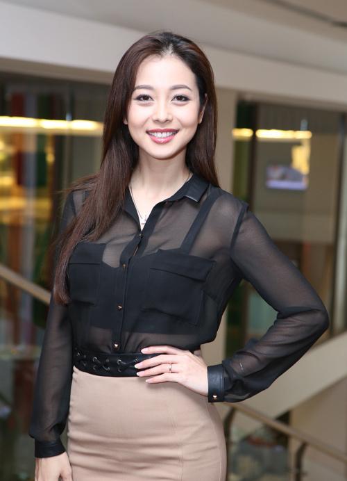 Jennifer Phạm thử sức ca hát tại Cặp đôi hoàn hảo - 1