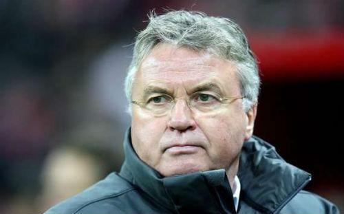 """Hiddink phấn khích sau trận thắng của """"lốc da cam"""" - 1"""
