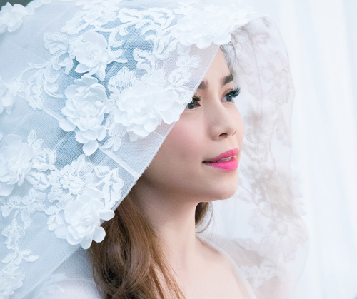 Hà Hồ làm cô dâu gợi cảm - 3