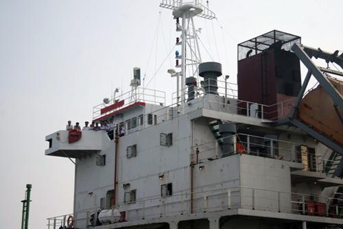 Sự hung hãn của cướp biển qua lời máy trưởng tàu Sunrise - 5