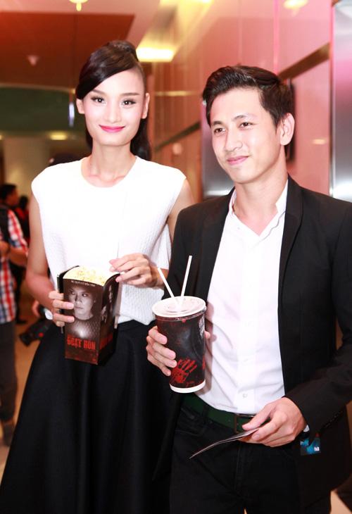 5 màn cầu hôn đặc sắc nhất làng mẫu Việt năm 2014 - 11
