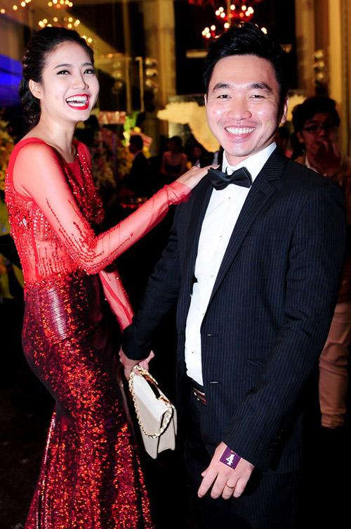 5 màn cầu hôn đặc sắc nhất làng mẫu Việt năm 2014 - 9