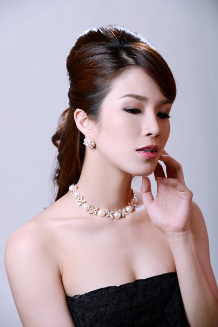 Diệp Lâm Anh hóa nàng dâu đa phong cách - 4