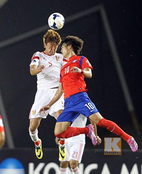 Đã bị loại, U19 VN đi chuyên cơ đấu U19 Trung Quốc - 1