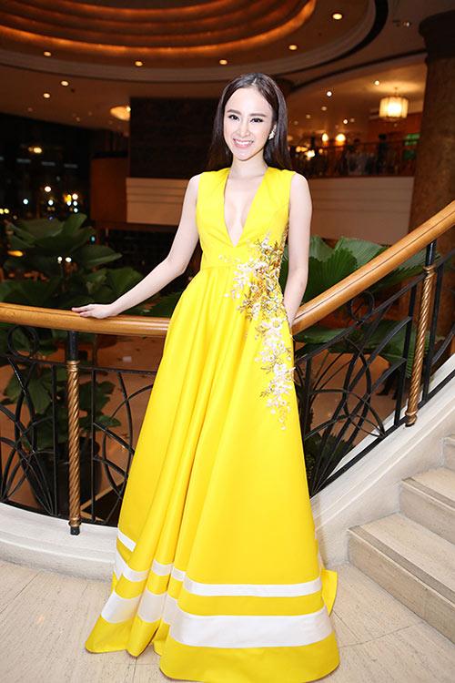 Sau án phạt, Angela Phương Trinh lại biểu diễn táo bạo - 7