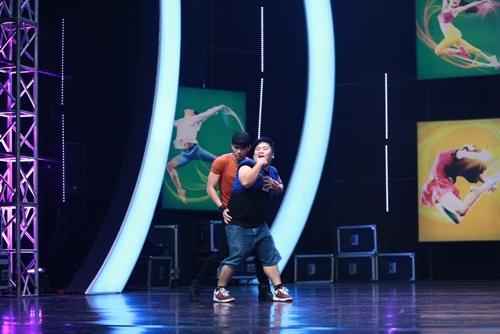 ST của nhóm 365 bất ngờ bị loại khỏi cuộc thi nhảy - 7