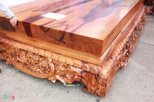 Sập gỗ mun nguyên khối giá hơn nửa tỷ đồng - 2