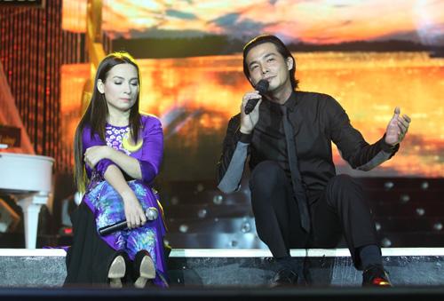 Phi Nhung khóc cạn nước mắt trong liveshow - 12