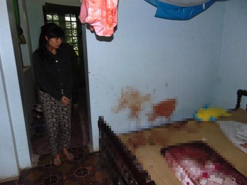 Nữ sinh bị côn đồ xông vào nhà đánh đập dã man - 2