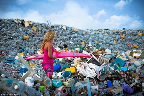 Đảo rác khổng lồ phía sau thiên đường biển Maldives - 1