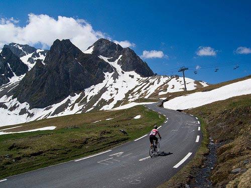 VN lọt top 10 cung đường thách thức nhất cho xe đạp - 2
