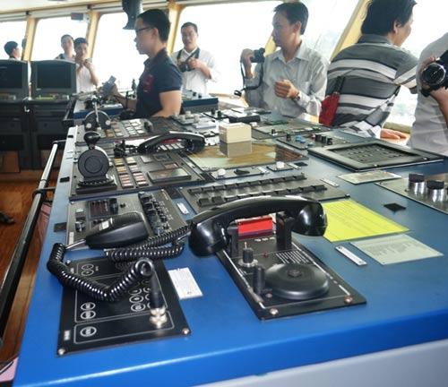 Cận cảnh tàu kiểm soát ô nhiễm của Ấn Độ tại Việt Nam - 8