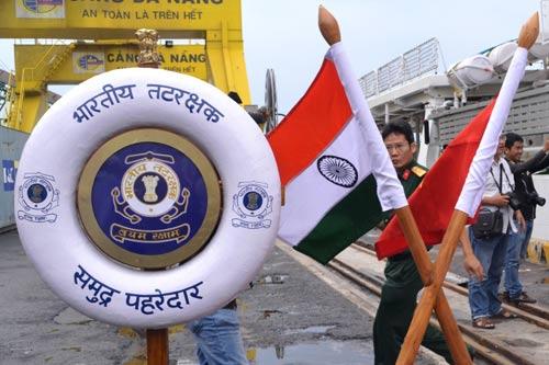 Cận cảnh tàu kiểm soát ô nhiễm của Ấn Độ tại Việt Nam - 3
