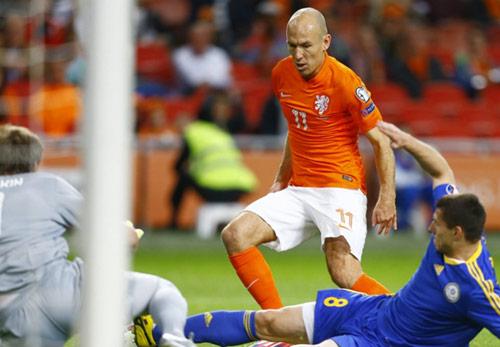 ĐT Hà Lan: Gục ngã vì quá phụ thuộc vào Robben - 1