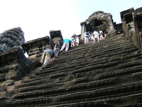 Những bậc thang ghê sợ nhất thế giới - 1